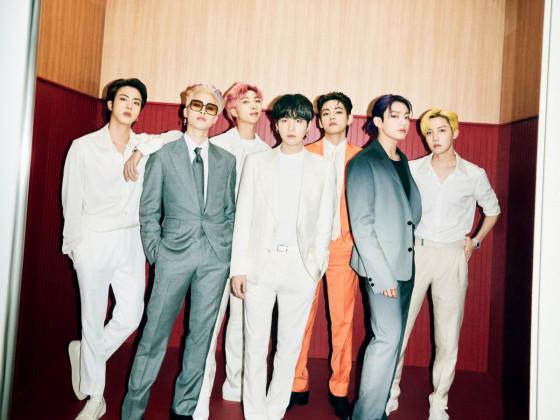 Group Teaser Photo 1