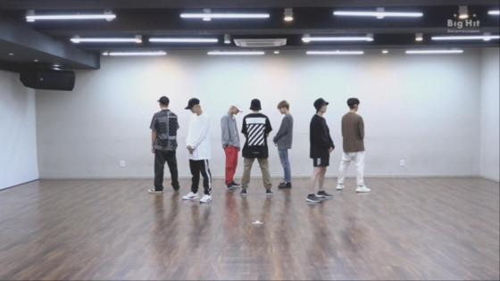 BTS (방탄소년단) 'IDOL' Dance Practice