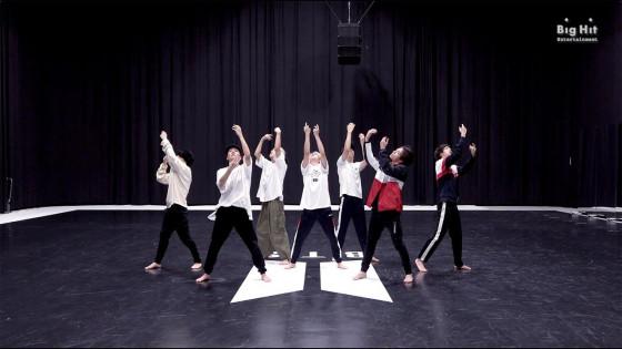 BTS (방탄소년단) 'Black Swan' Dance Practice