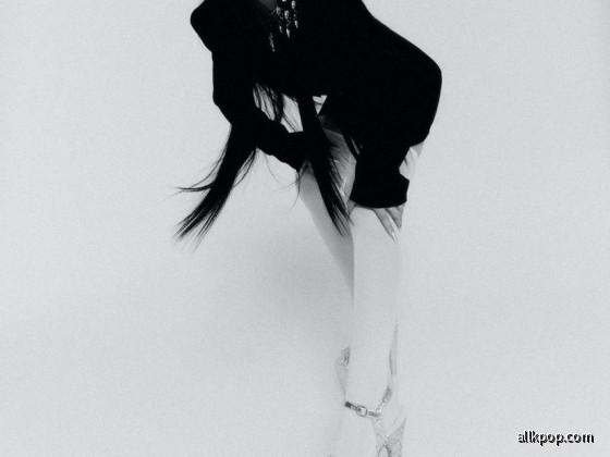 CL - ALPHA Album Teaser Photo (Mono)